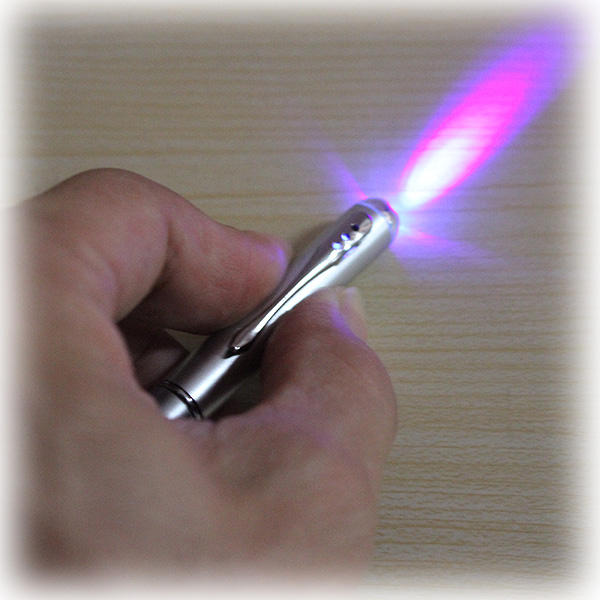 A7a29 2 In 1 Invisible Ink Magic Secret Pen With Uv Light