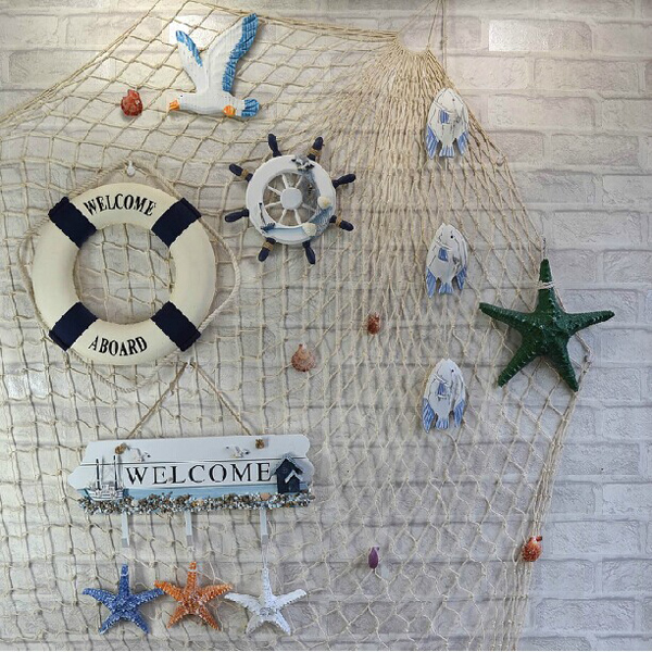 Mediterranean Style Decorative Fish Net With Shells Blue