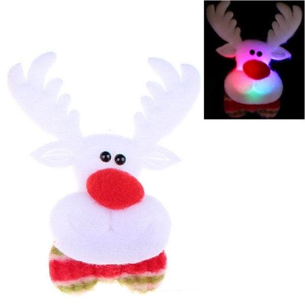 Deer style flash light christmas decoration tree brooch for Christmas decoration packs