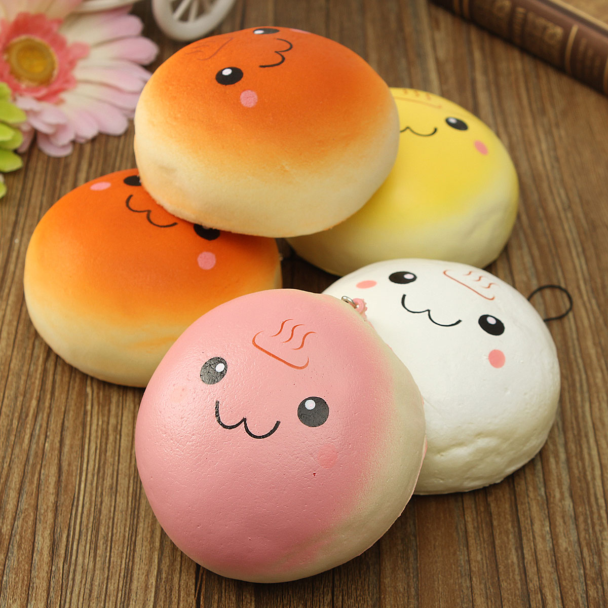 Squishy Bread : 10CM Cute Smiling Expression Kawaii Squishy Bread Keychain Bag Phone Charm Strap Alex NLD
