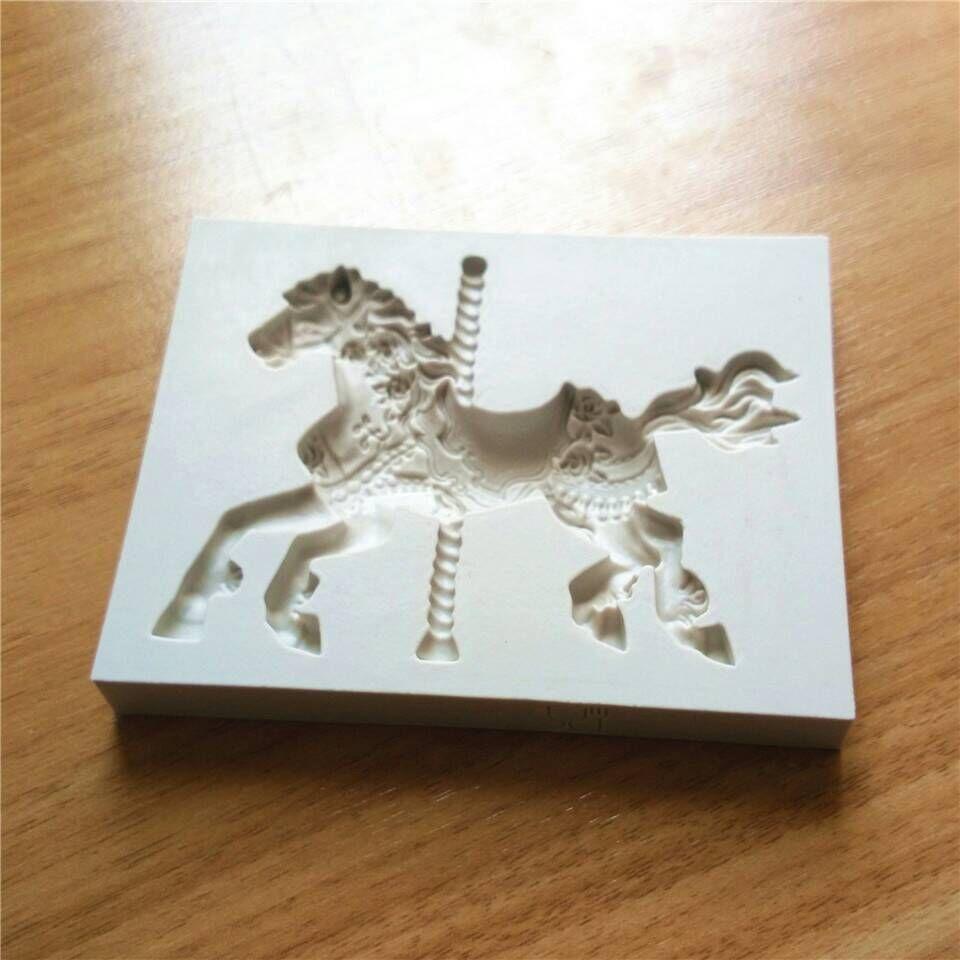 Cake Decorating Horse Mould : Pony Horse Shape Silicone Cake Mold Fondant Sugar Jelly ...