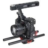 YELANGU YLG0904A-B Handle Video Camera Cage Stabilizer for Panasonic Lumix DMC-GH4 / Sony A7 & A7S & A7R & A7RII & A7SII (Red)