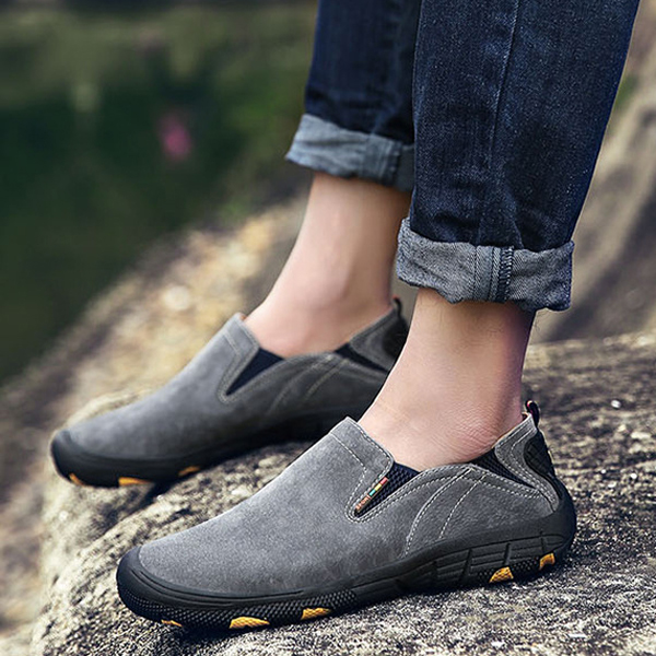 Men Soft Leather Comfortable Casual Hiking Shoes Wear and Slip Resistant