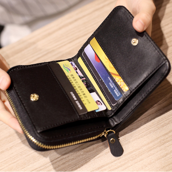 2666097e4b9 Women Quilted Zipper Short Wallet Girls Cute Mini Purse Card Holder ...