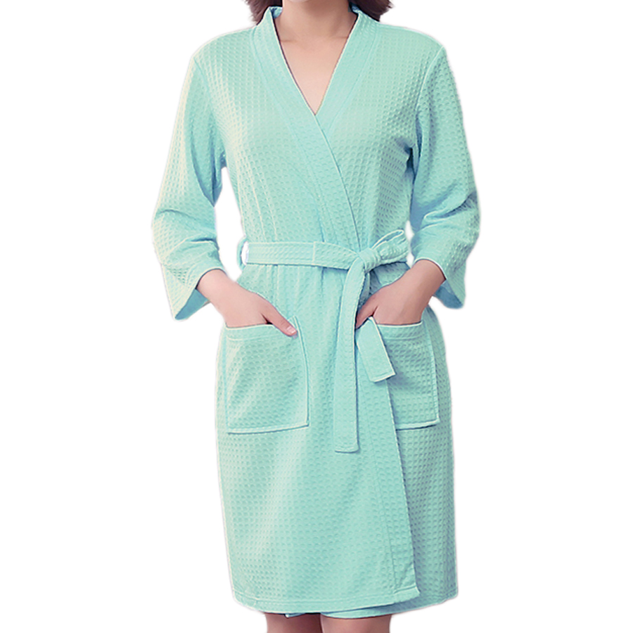M&S dressing gowns. Choose from luxurious waffle, soft fleece or prints to get you cosy. Order online for home delivery or free collection from store.