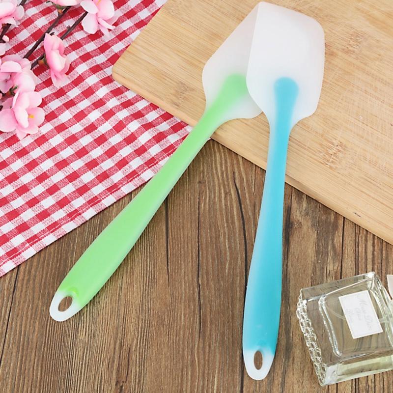 5 PCS Baking Tool Translucent Integrated High Temperature Resistance Cream Silicone Scraper Cake Spatula (Random Color)