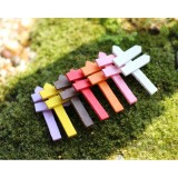 5 PCS Mini Wooden Fences Signpost Garden Ornament DIY Plant Labels Pots Scenery Decoration Micro-landscape DIY Ornaments Multi-meat Wooden Ornaments (Random Color)