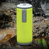W-KING X6 Portable Waterproof Bluetooth 4.0 Stereo Speaker with Built-in MIC, Support Hands-free & Aux-in & TF Card & NFC & FM & MP3, Bluetooth Distance: 10m (Green)