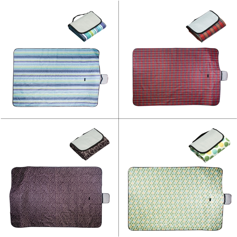 600D Waterproof Oxford Foldable Cloth Outdoor Beach Camping Mat Picnic Blanket (Random Color)