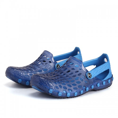 Men Closed Toe Hole Breathable Waterproof Beach Sandals Soft Garden Shoes