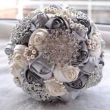 Wedding Holding Pearl Diamond Flowers Bridal Bouquet Accessories Bridesmaid Rhinestone Party Wedding Decoration Supplies (Grey)