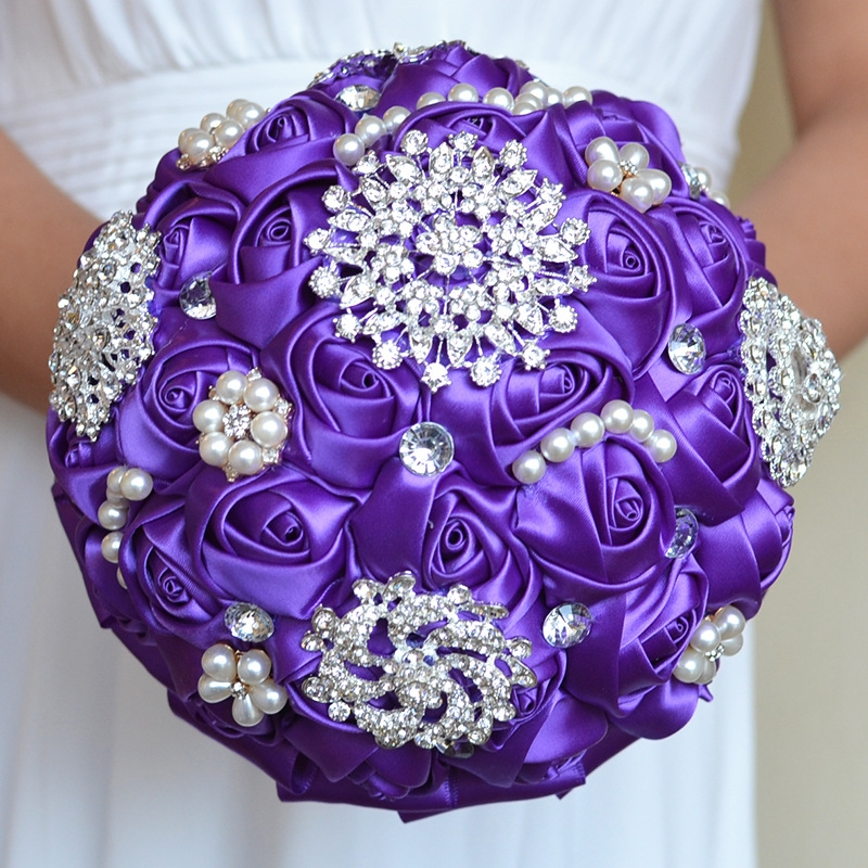 Wedding Holding Pearl Diamond Flowers Bridal Bouquet