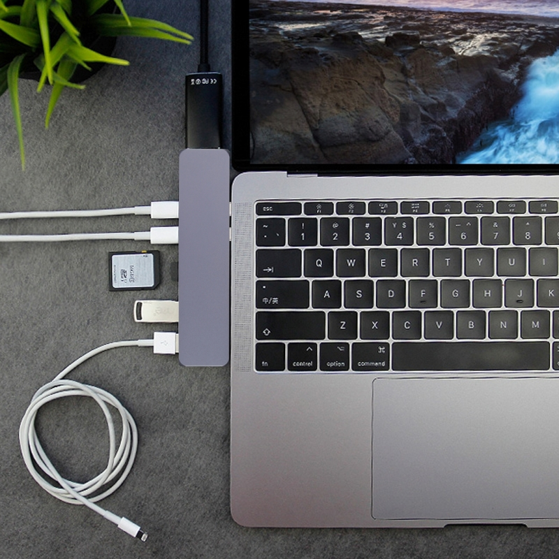 Multi-function Aluminium Alloy Dual USB-C / Type-C HUB Adapter with HDMI Female & 2 x USB 3.0 Ports & 2 x USB-C / Type-C Ports & SD Card Slot & TF Card Slot