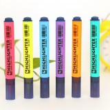 10 PCS Triangle Penholder Highlighter Pen Solid Color Key Point Marker Pen, Random Color