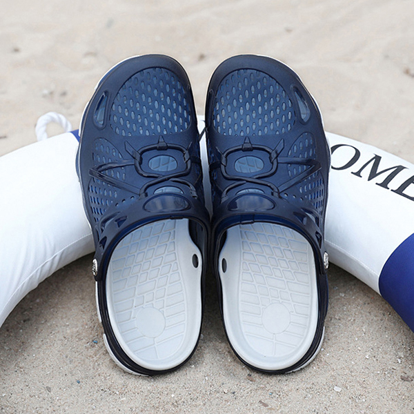 Men Breathable Hollow Outs Beach Slippers Rainy Days Sandals Shoes