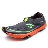 Men Wear-Resistance Sole Breathable Mesh Hook Loop Outdoor Sneakers