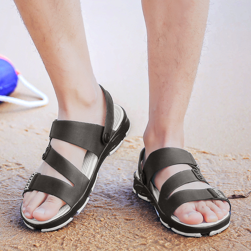 Men Casual Beach Slippers Outdoor Breathable Hollow Out Sandals