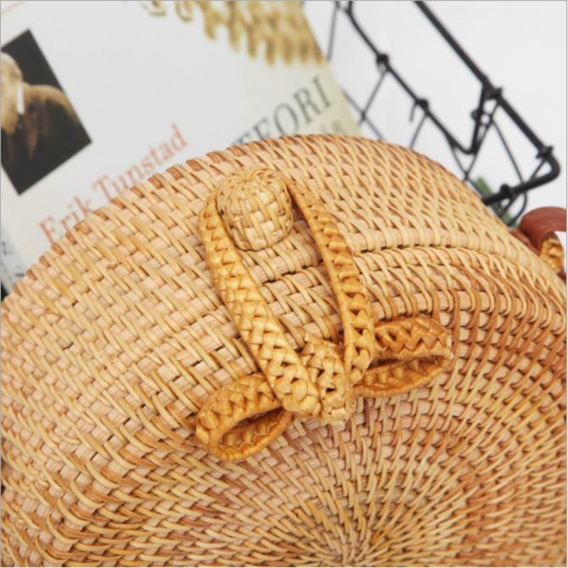 Bowknot Pattern Autumn Rattan Handmade Rattan Bag Vintage Art Beach Ladies Diagonal Bag