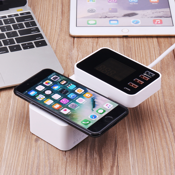 Bakeey Foldable Design QC3.0 4 USB Type C Wireless USB Charger Socket EU US UK With LCD Display
