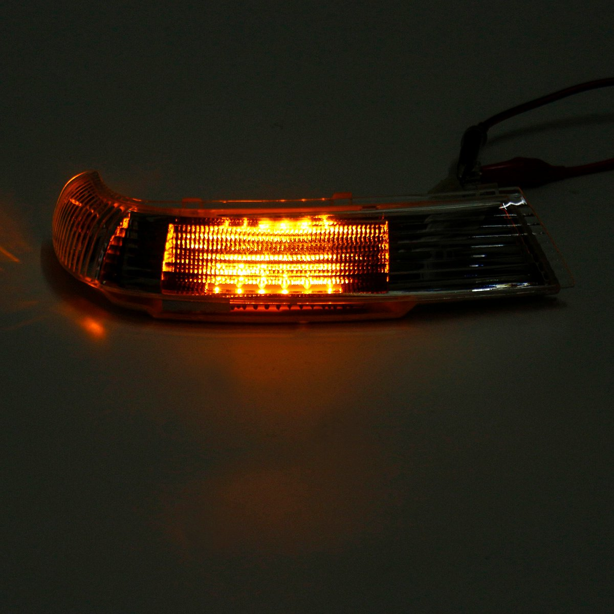 Left/Right Side Rearview Mirror LED Turn Lights Signal Indicator Lamp Amber for VW Touareg 2003-2007