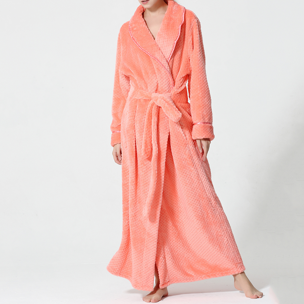 Plus Size Long Sleeve Bathrobe Flannel Thicken Nightgown Sleepwear