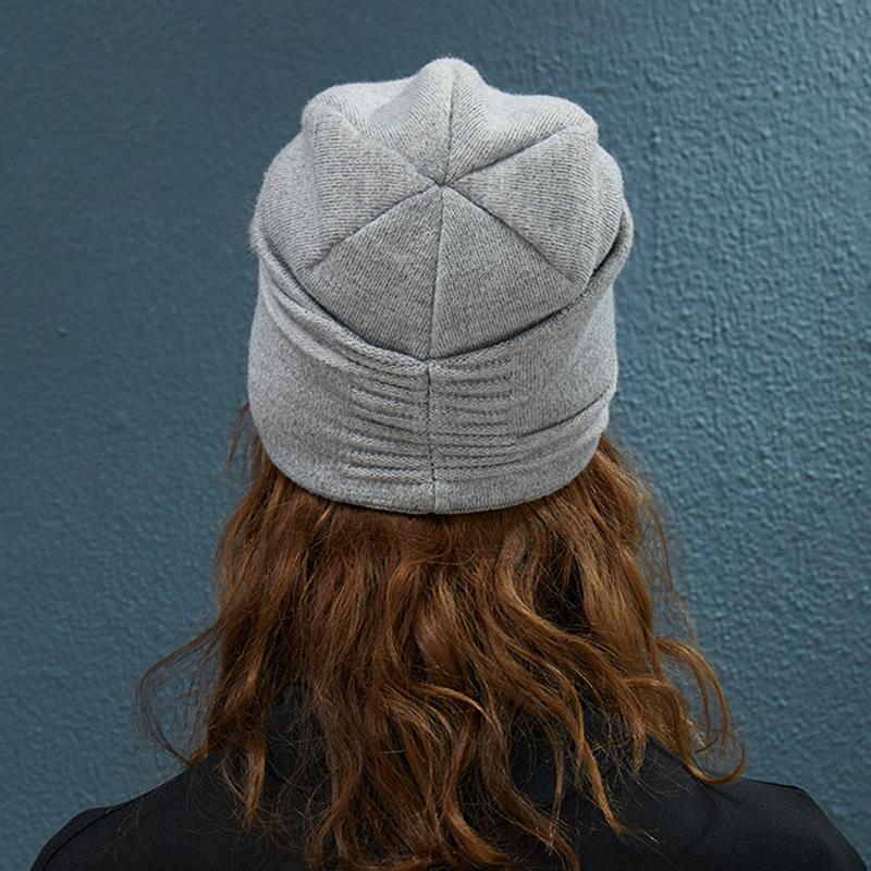 Women Outdoor Winter Thicken Ski Beanie Cap Earmuffs Flexible Knit Hat
