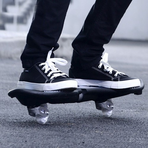 Fashion Two-wheeled Skateboard Luminous Flash Wheel Vitality Board (White)