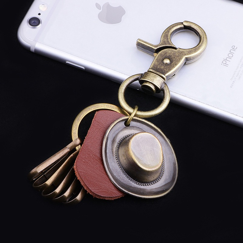 Retro Punk Hat Car Keychain Leather Pendant Keychain Bronze Metal Keychain