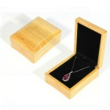 Wood Color Wooden Jewelry Packing Case Portable Wedding Ring Bracelet Pendant Display Box Gift Box, Type: Pendant Box