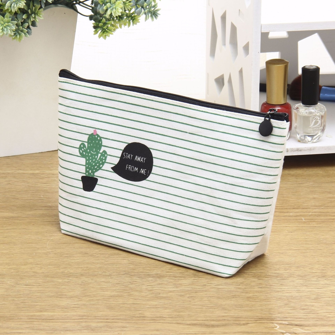 Small Fresh Cactus Cosmetic Bag Multi-Functional Canvas Hand Storage Bag Toiletry Storage Box (Mul cactus)