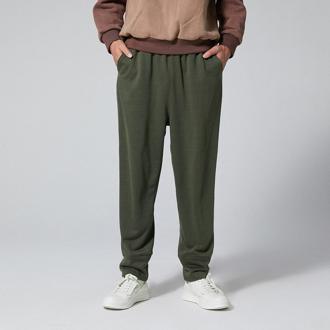 Mens Casual Elastic Waist Pure Color Pants Loose Fit Straight Pants