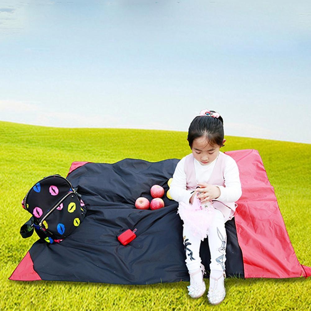 Portable Ultra-thin Folding Camping Mat Pocket Waterproof Blanket Outdoor Picnic Mat Sand Beach Mat, Size: 70*110cm (Red)