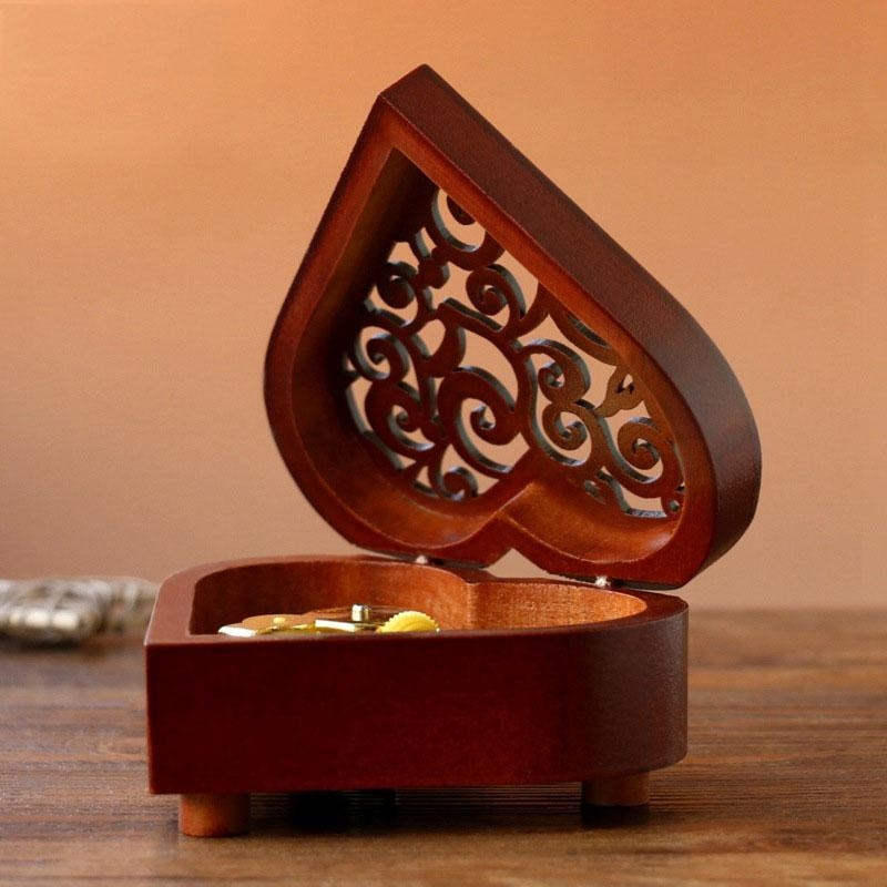 2 PCS Creative Heart Shaped Vintage Wood Carved Mechanism Musical Box Wind Up Music Box Gift, Golden Movement (For Elise)