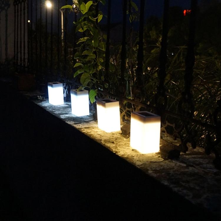 Solar Energy Saving Lamp Outdoor Garden Fence Wall Light (Warm Light)