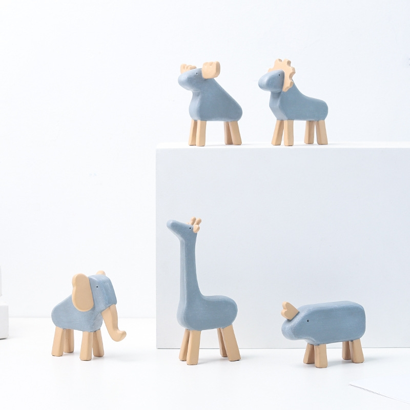 Resin Crafts Animal Ornaments Living Room Cabinets Work Surface Decoration (Rhinoceros)