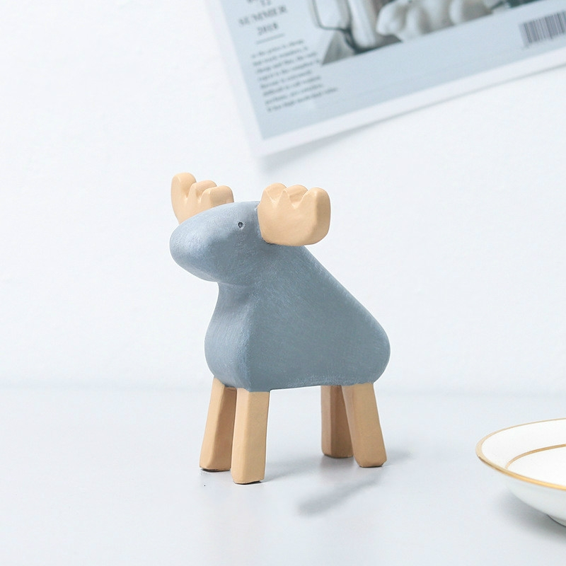 Resin Crafts Animal Ornaments Living Room Cabinets Work Surface Decoration (Elk)
