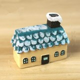 Mini Micro Landscape Small House Resin Ornaments Creative Home Decorations (Christmas House)