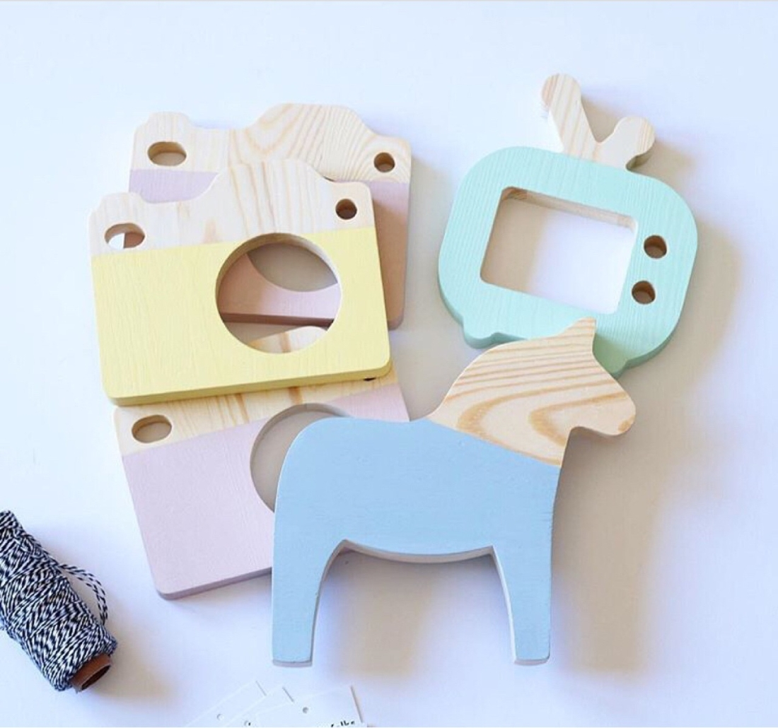 Wooden Pony Ornaments Children Room Toys Creative Photography Photo Props (Pink)
