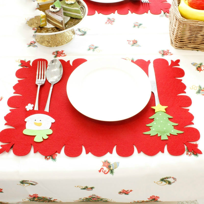 2 PCS Christmas Cartoon Non-woven Placemat Knife and Fork Set (Snowman + Christmas Tree)