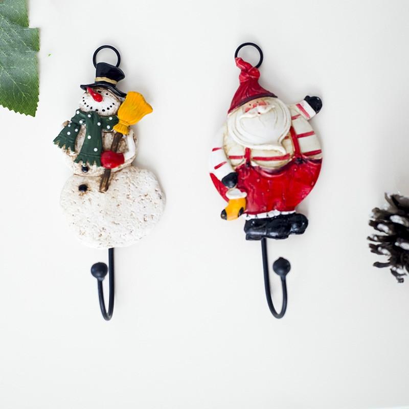2 PCS Santa Claus Hook Christmas Creative Wall Decoration Kitchen Bedroom Resin Decoration Hook (Santa)