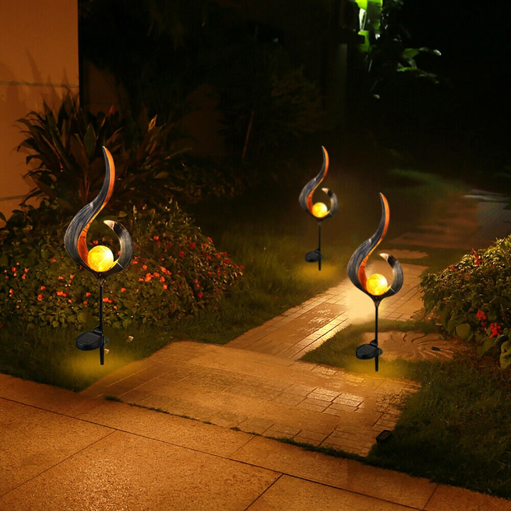 Solar Flame Light LED Iron Art Outdoor Garden Lawn Decorative Ground Plug Light Landscape Lamp (Style 1)