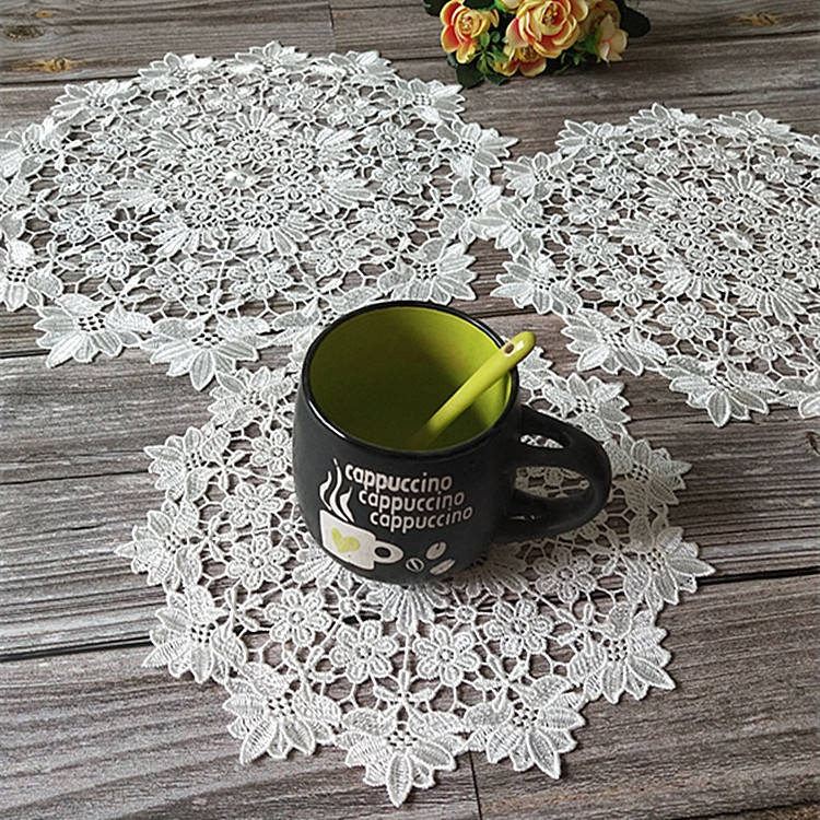 White lace embroidered placemat vase placemat placemat kitchen coffee table decorative pad Diameter 25cm (White)