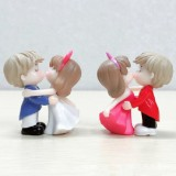 2 PCS Couple Cartoon Characters Dolls Micro Landscape Ornaments Bonsai Decoration Random Color Delivery, Style: Dancing Couple