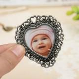 2 PCS Creative Metal Vintage Photo Frame (Lace Heart)