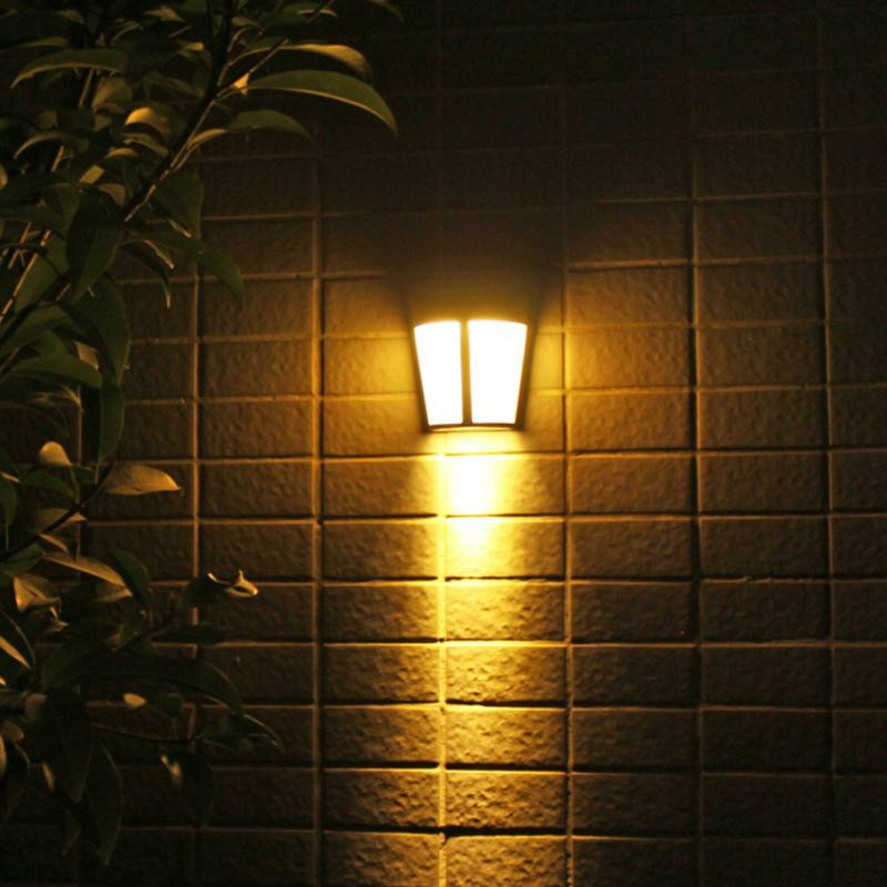 6 LEDs Outdoor IP65 Waterproof Energy Saving Solar Powered LED Wall Lamp Security Light (Warm Light)
