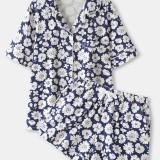 Plus Size Women Daisy Floral Print Revere Collar Chest Pocket Short Sleeve Home Pajama Set