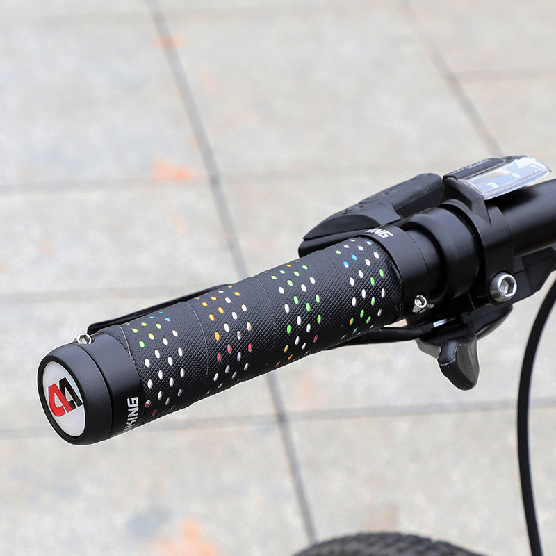 WEST BIKING Bicycle Grips Soft Anti-Skid Rubber Handle Shock Absorption Mountain Bike Grips Cycling Handlebar Accessories